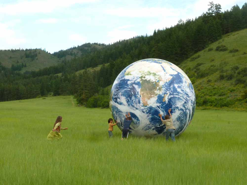 image from www.earthball.com