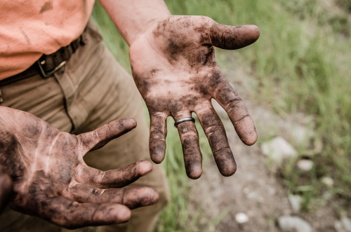 Dirty work jesse-orrico-184803-unsplash