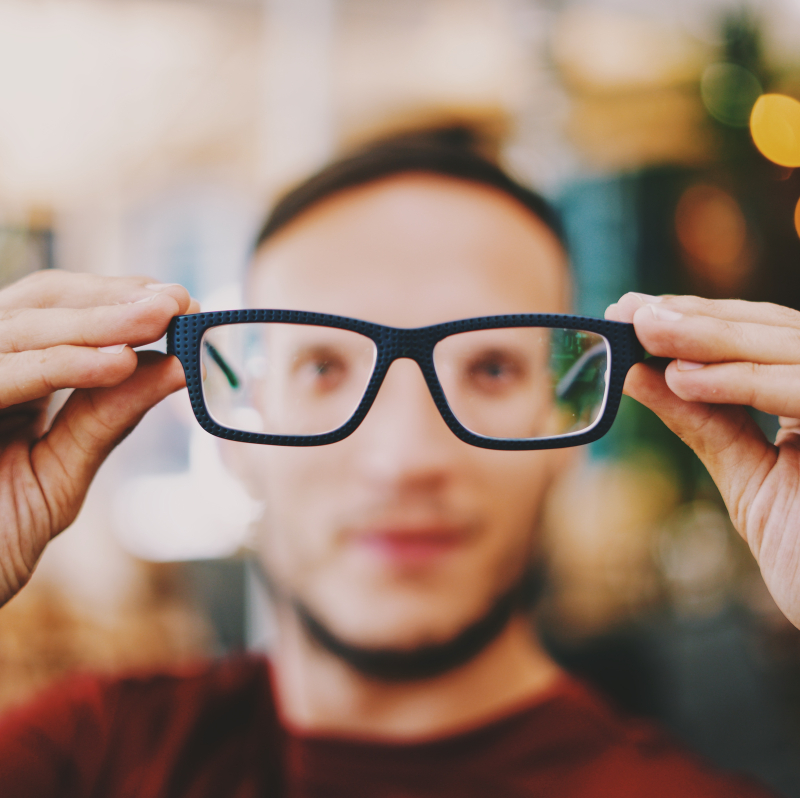Glasses nonsap-visuals-511403-unsplash
