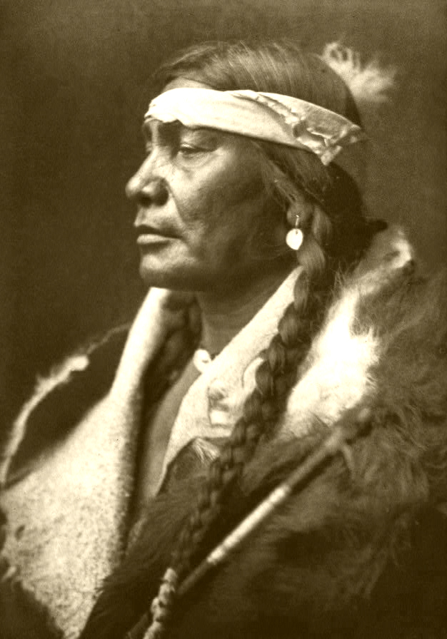 Edward_S._Curtis_Collection_People_013