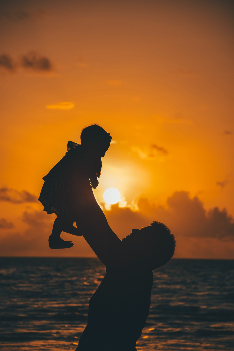 Fatherhood - mohamed-awwam-1172578-unsplash